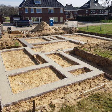 Nieuwbouw woning aan de Boomvalk te Venray: funderingen gestort.