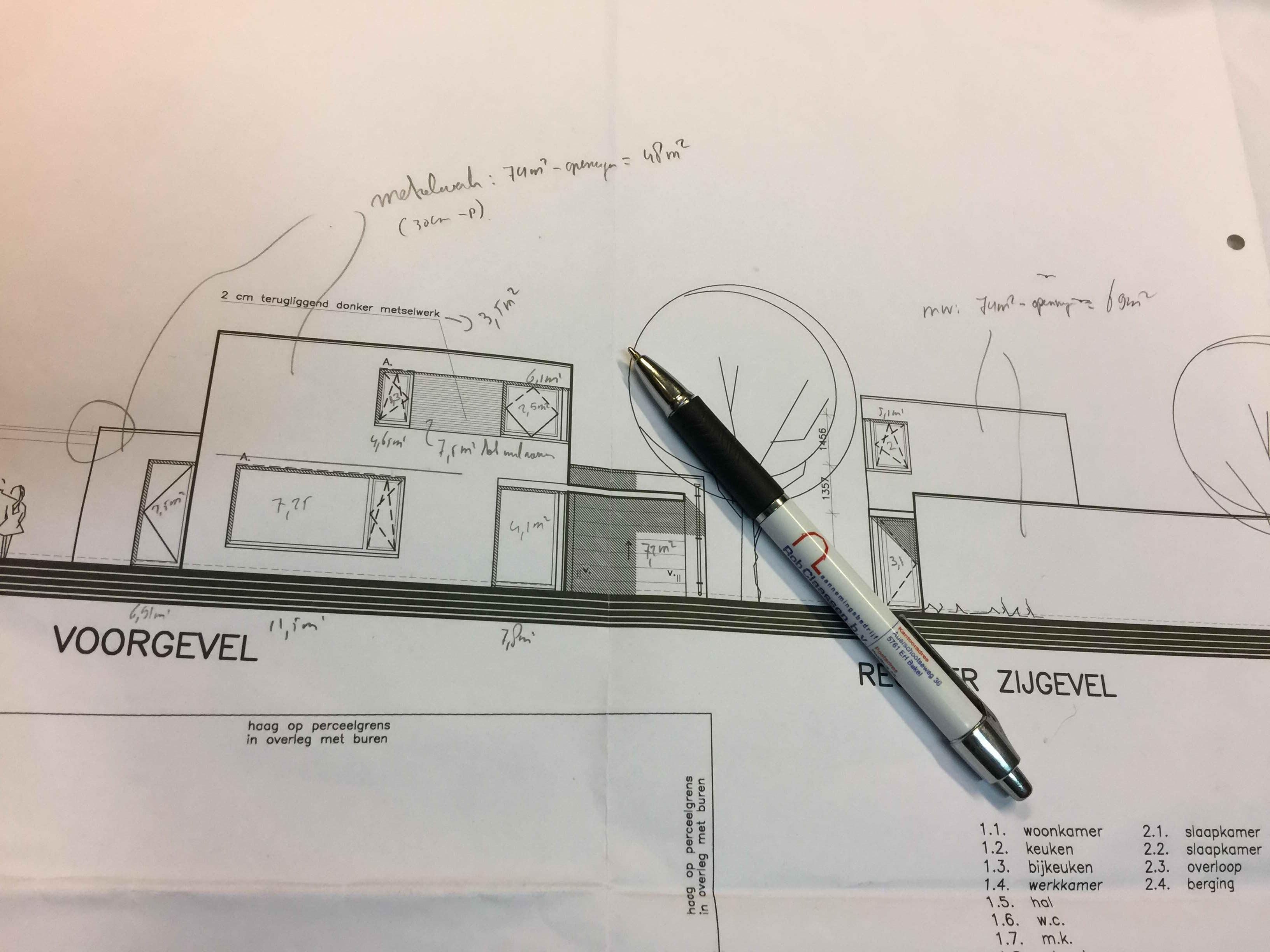 Vrijstaande moderne nieuwbouw woning te Venray: 1e dek gestort en ...